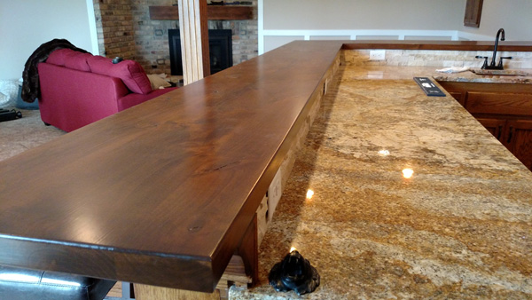 Wet Bar Hardwood and Granite Counters