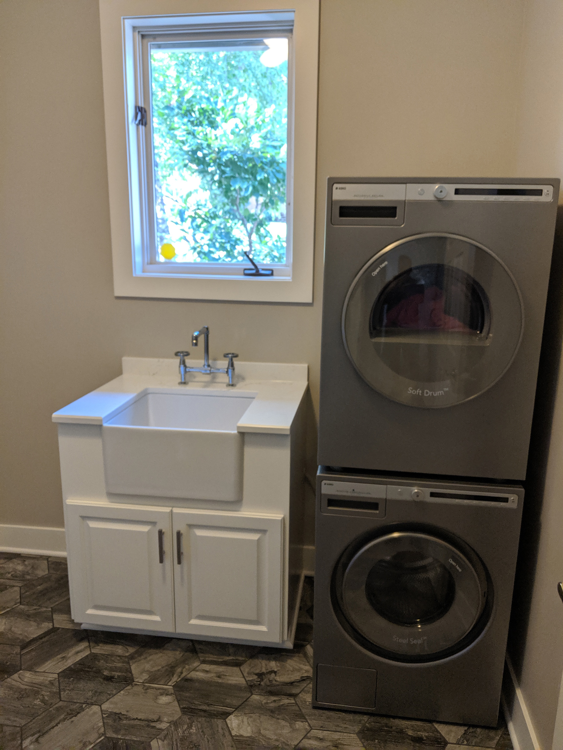 Stackable Washer & Dryer