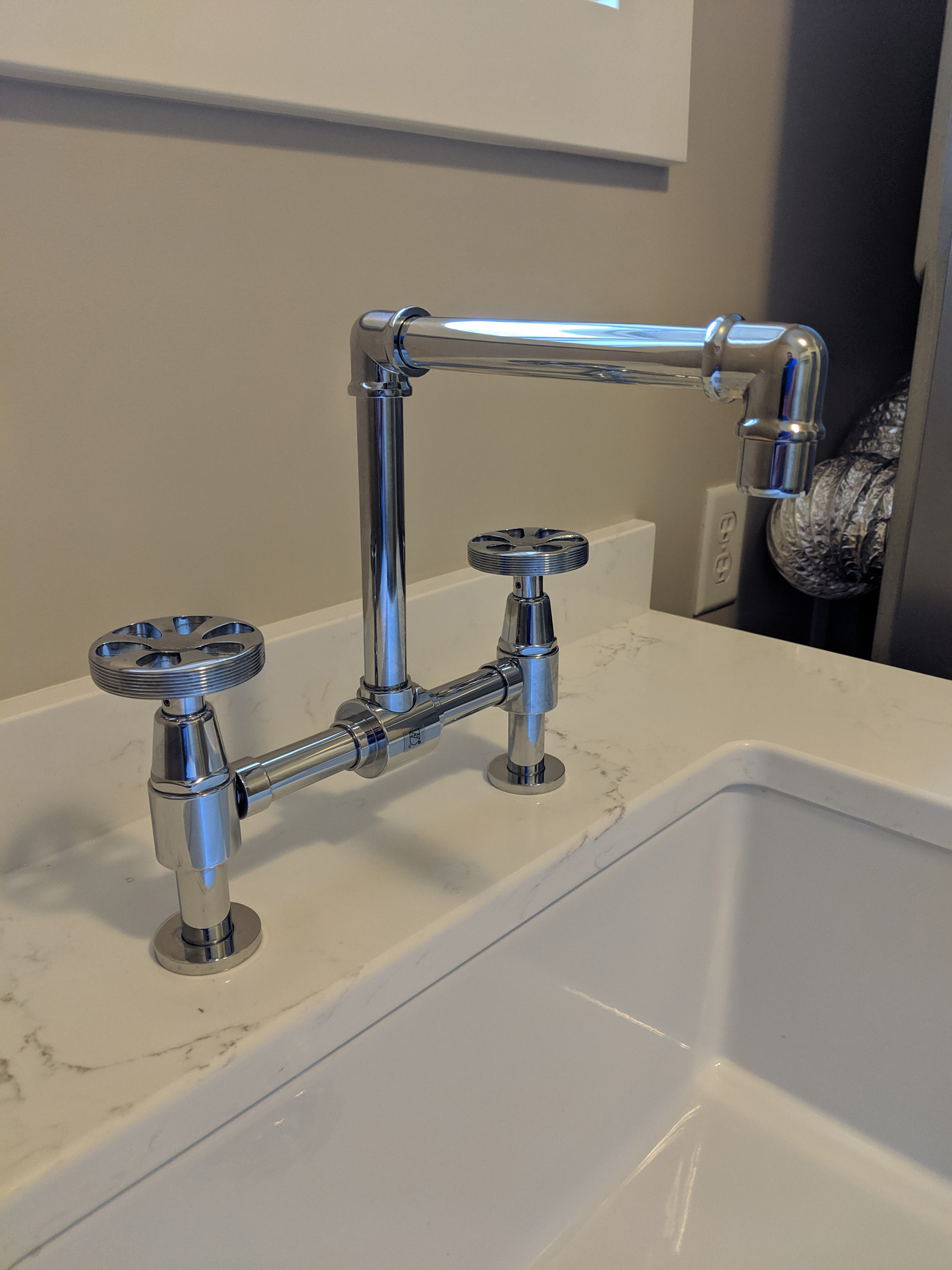 Utility sink faucet hardware