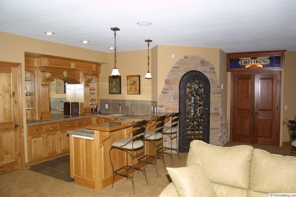 Wet Bar and Wine Cellar