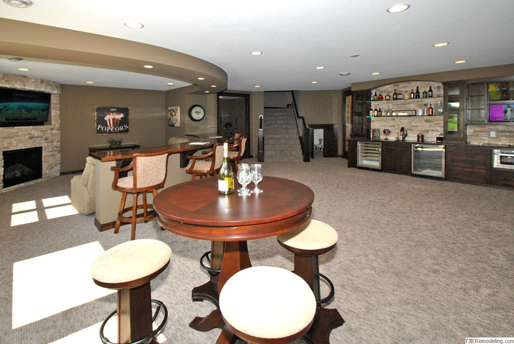Media, Game Room, Wet Bar