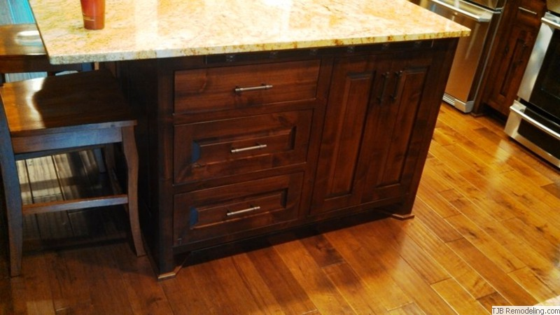 Drawer Storage in Kitchen Island