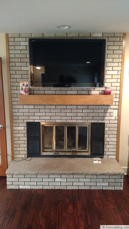 Flat Panel TV & Mantle Upgrade over fireplace