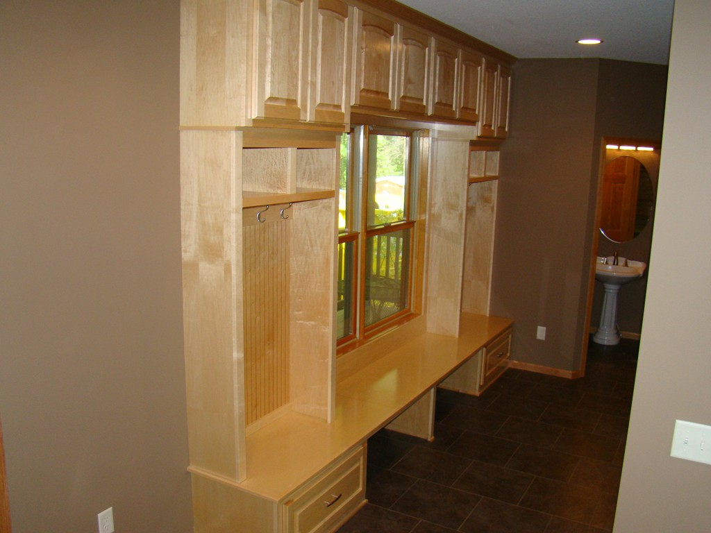 Cubby With Drawers & Cabinets Above