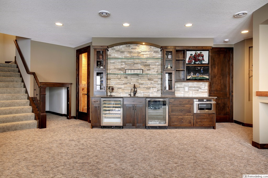 Wall Wet Bar