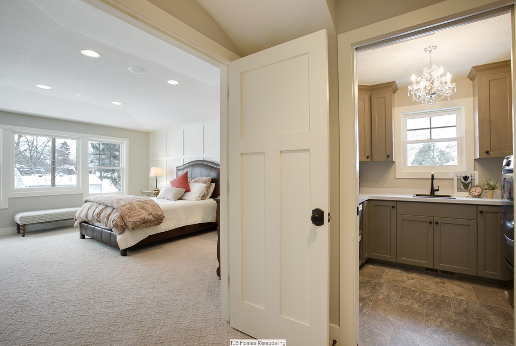 Master Suite & Laundry Room