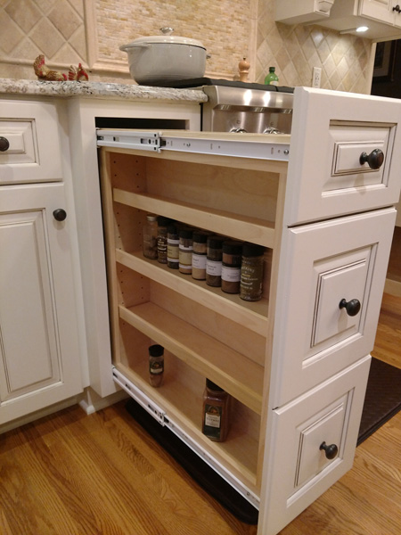 Double sided spice rack pullout